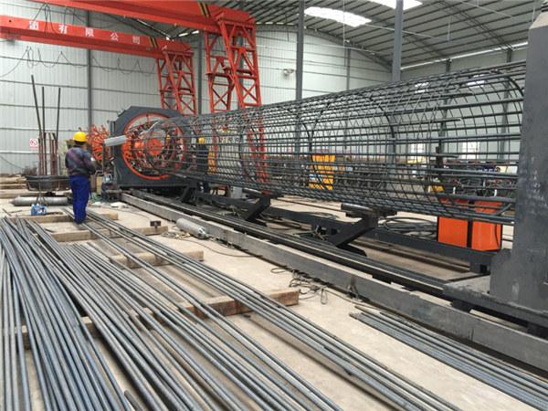 Pagaminta Kinijoje Paprasta eksploatacija Ilgalaikis ir tvirtas Kokybės užtikrinimo plieno armatūros narvelio suvirinimo aparatas ir sutvirtinantis narvas